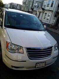 2008 Chrysler Town and Country Boston