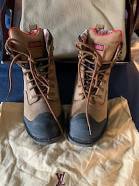 Work boots sz6 small
