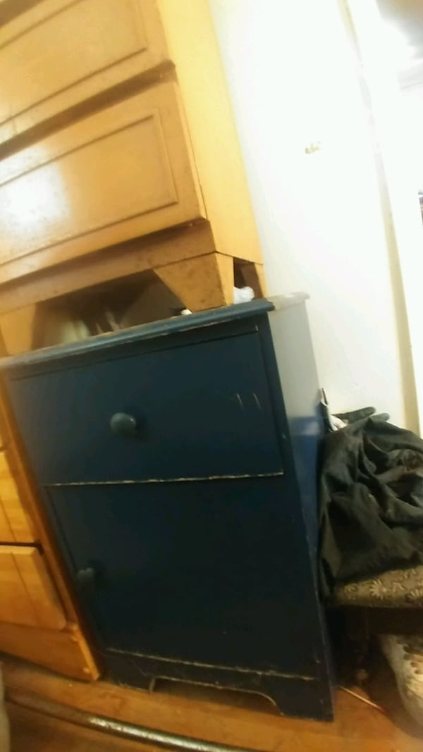 Blue dresser with blue nightstand for 60 ebf35947-9363-49fb-95b3-bb3d146154b2