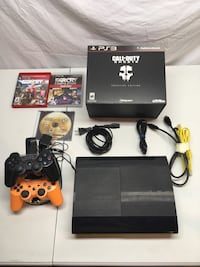 PlayStation 3 with games and controllers + tons of DLCs 1 TB harddrive