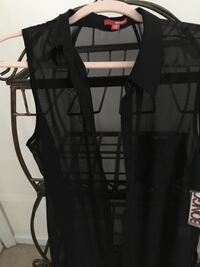 Sheer Cover top, new still has tags   Mechanicsville, 20659