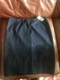 Band New Ann Taylor navy pencil skirt size 2 Seattle, 98103