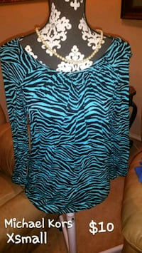 black and white zebra print scoop-neck shirt Lubbock, 79424