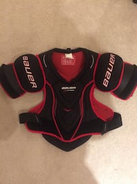 Hockey chest protector  Oakville, L6H