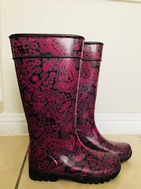 Purple and pink floral  boots...never wear: Las Vegas, 89115