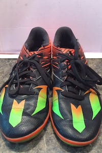 Adidas Messi indoor soccer shoes Toronto, M5V 3H5