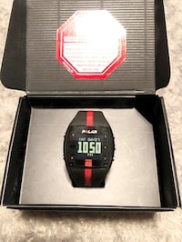Polar FT7 watch paid $165 good condition. Very gently used! Box included. Very helpful tool for those looking to improve their fitness and performance. It straps to your wrist. Does the following: Burned Calories tracking, Heart Rate monitor, Splash-proof
