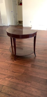 Decorative accent table  Toronto, M3H 3C1