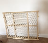 Natural Wood Child Safety Gate Lafayette, 70503