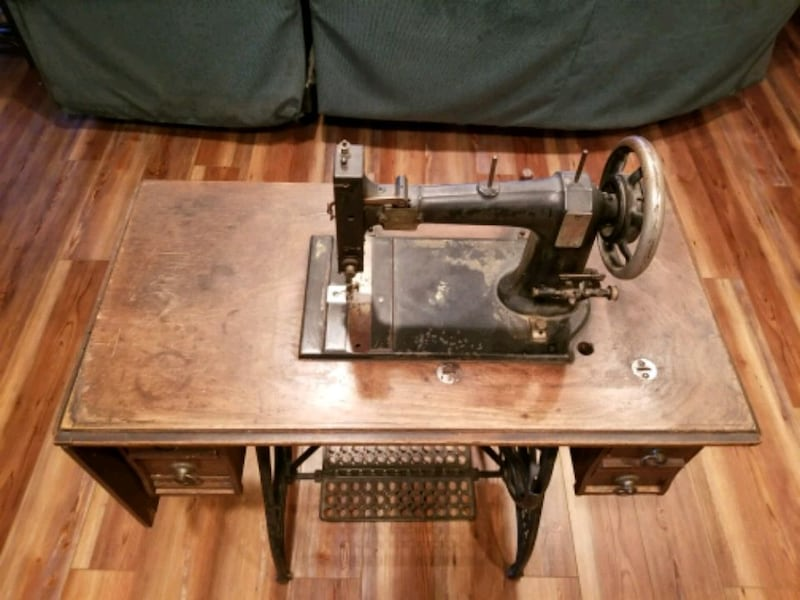 White Co. Sewing machine 2