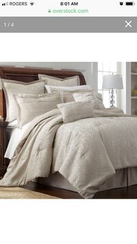 King size comforter with 2 decorative pillows and king sized pillow covers Vaughan