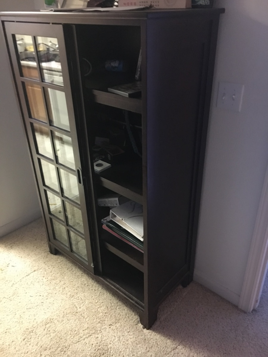 Letgo all wood curio cabinet in anchorage ak for Anchorage kitchen cabinets