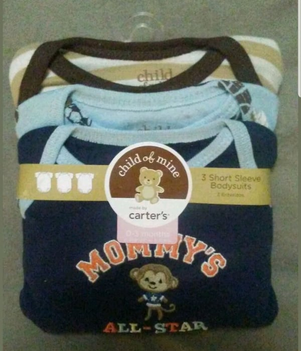 Carter's Baby Boys Bodysuits 3 pack. Condition is  6a725098-1151-4360-afac-37bcd9f55905