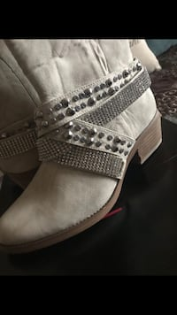 Boots New Size 8 1/2 Colorado Springs, 80951