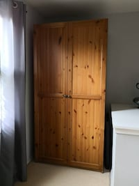 Armoire like new  Washington
