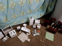 Dollhouse Furniture and Items 815 mi