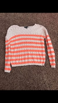 Forever 21 sweater Temecula, 92591