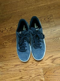 pair of blue puma shoes negotiable  Edmonton, T5C