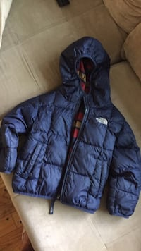 550 North Face winter coat size 3T (reversible) Palatine, 60067