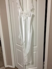 Never worn Nightgown. Size Small  Edmonton, T6L