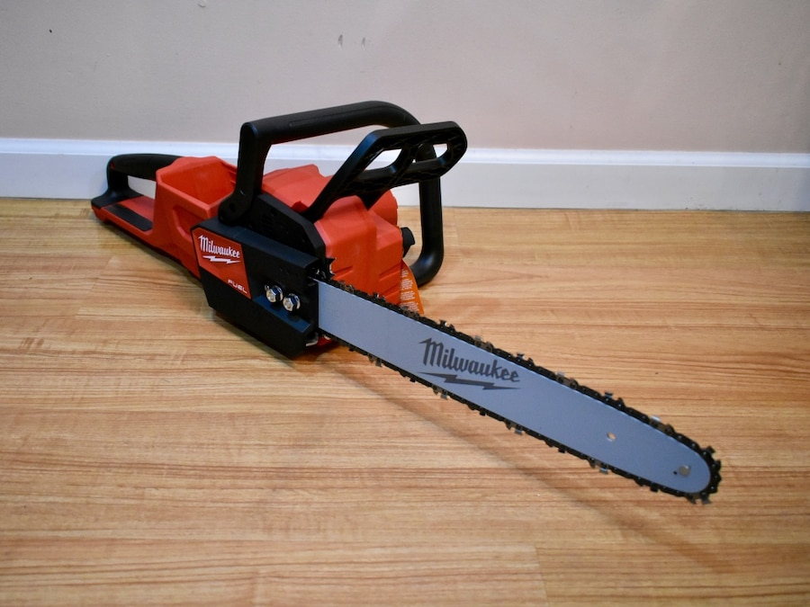 """New Tool Only Milwaukee 2727-20 M18 FUEL 16/"""" Chainsaw"""