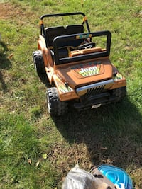 yellow and black Cub Cadet ride-on toy Attleboro, 02703