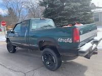 Chevrolet - Silverado - 1996 Mill Creek, 46365