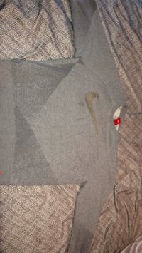 gray and white crew-neck shirt Louisville, 40272