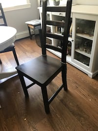 Large wood table and 6 chairs Pitt Meadows, V3Y 2G4
