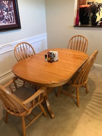 Dinette Set With 4 Chairs Baton Rouge, 70808