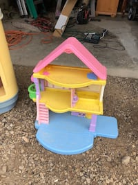 Doll house Mansfield, 44906