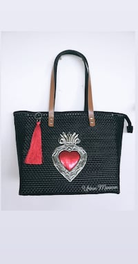 Woven bags in thick plastic on different colors and designs Toronto, M9N