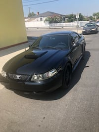 Ford - Mustang - 2001 Los Angeles