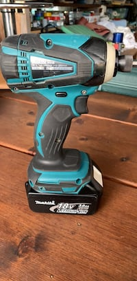 Makita a quarter inch impact driver Tool only no battery White Rock