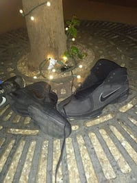 pair of black Nike basketball shoes Cleveland, 37312