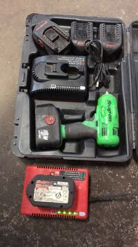 3/8 Snapon impact with three 14v batteries two 18v batteries and two chargers Newburgh, 12550