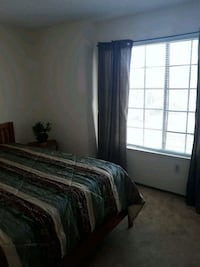 Looking for a GAY MALE roommate!!