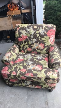 brown and red floral cushion armchair Yarmouth, 02675