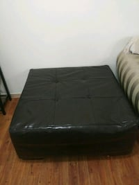 Leather sofa Vancouver, 98661