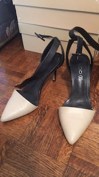 pair of white leather pointed-toe heels Richmond Hill, L4C 6R6