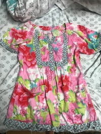 pink and green floral v-neck dress Lenoir City, 37771