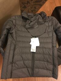 XS Women's packable down jacket Gig Harbor, 98329