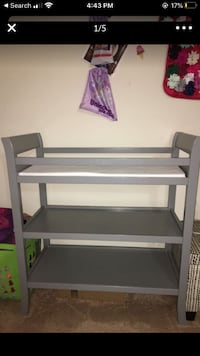 Changing table .
