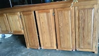 OAK CABINETS SOLID 100% Columbia, 38401