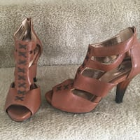 Sofft Size  1/2 brown leather open toe ankle strap heels Virginia Beach, 23452