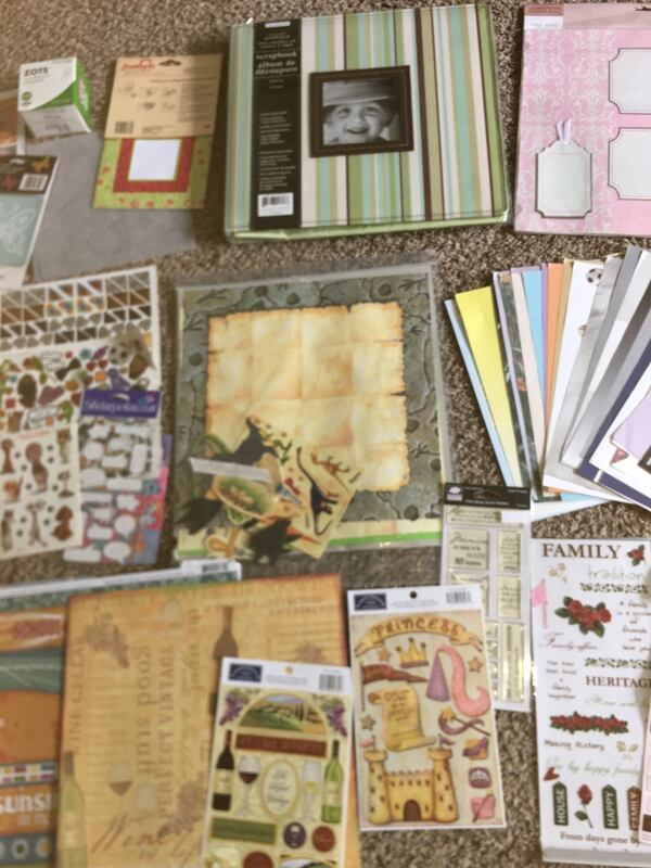 Scrap Book / Booking Hobbie Bundle / Lot  b11aa9ab-7513-48c9-bd1f-24670559b5e8