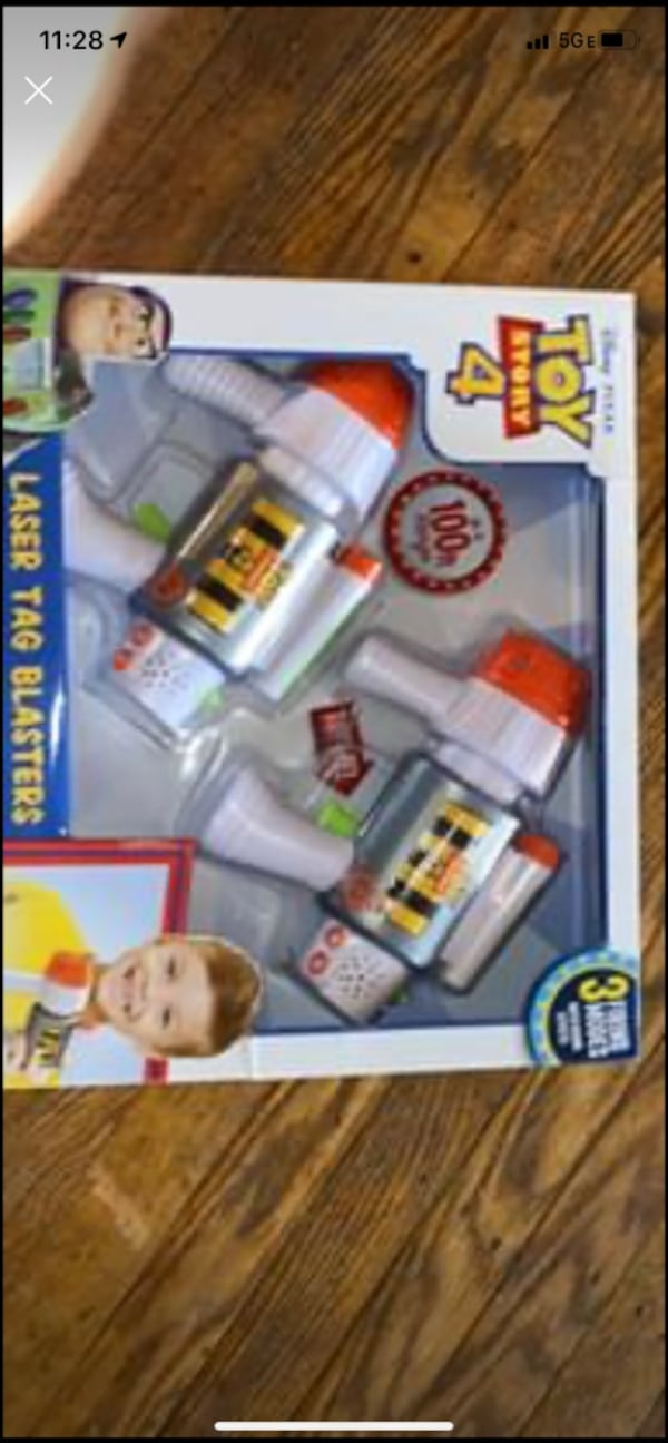 Brand New Toy Story 4 Laser Tag Set  0
