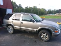 Chevrolet - Blazer - 1998 trade for a boat as is Newton Falls