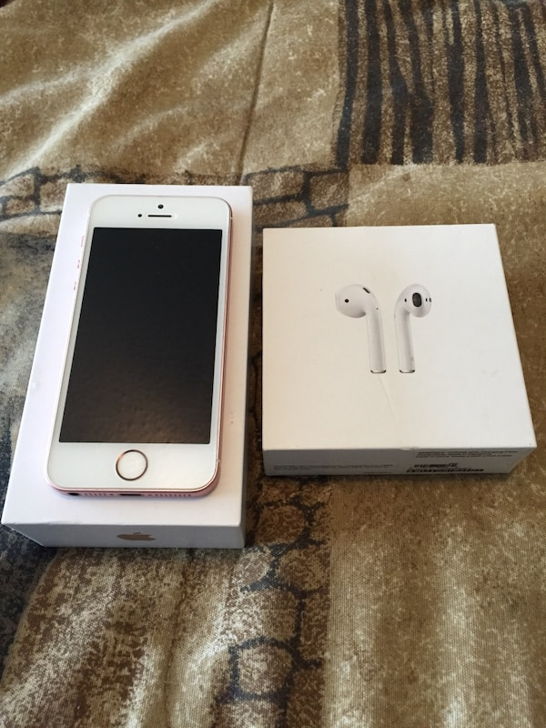 Unlocked Rose Gold iPhone SE 16GB