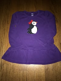 Gymboree tops size 4. EUC. $4 each. Cupcake top is red (not pink!) Ashburn, 20147
